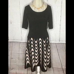 Julian Taylor New York Black/Beige Sweater Dress M